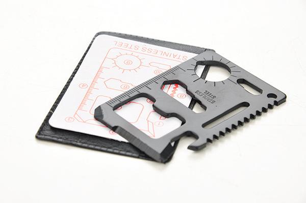 Carte multi outils acier noir - 1.67€